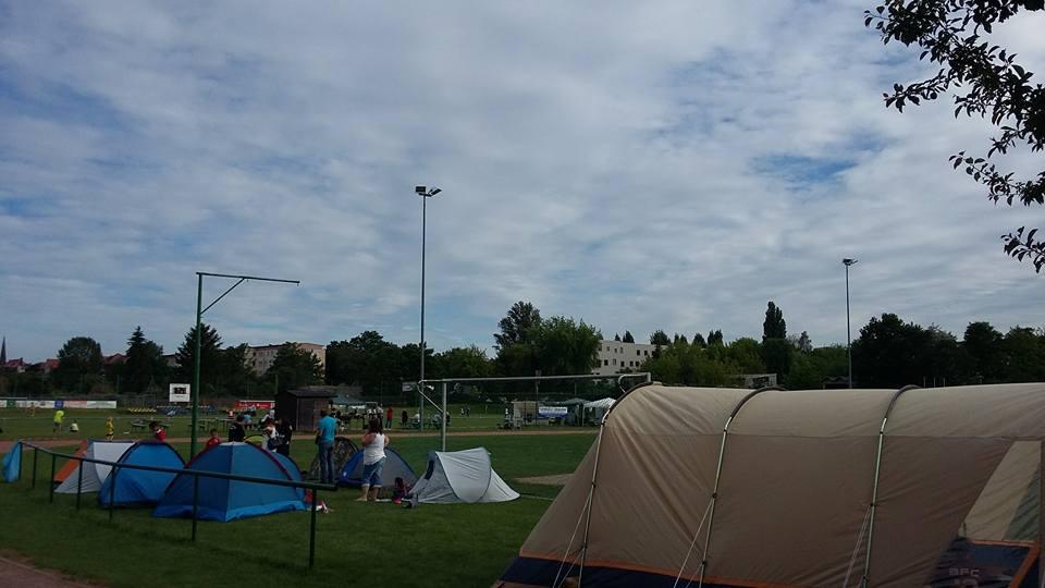 Zelten mit Torblick